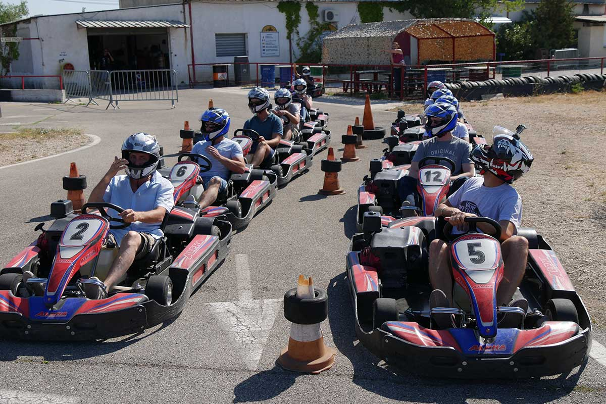 Karting-de-l-etang-rognac-les-jardins-des-arcades